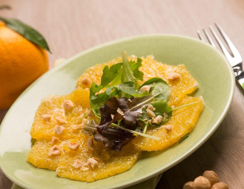 Orangen-Carpaccio mit Datteln